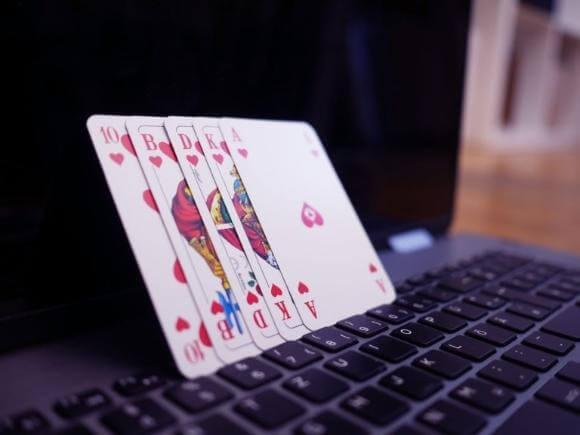 Zagraj w pokera online